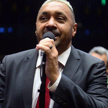 PR convence Tiririca a disputar reeleição
