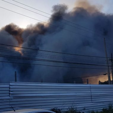 Incêndio de grande proporção atinge Denarc em Porto Velho; vídeo