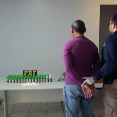 Pecuarista é preso por agentes da PRF com 80 kg de mercúrio; metal pesado é altamente tóxico