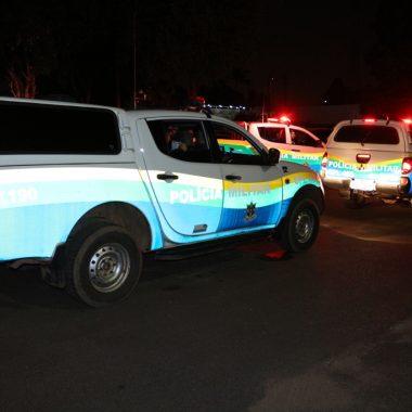 PERDEU – PMs atiram em suspeito durante fuga em motocicleta