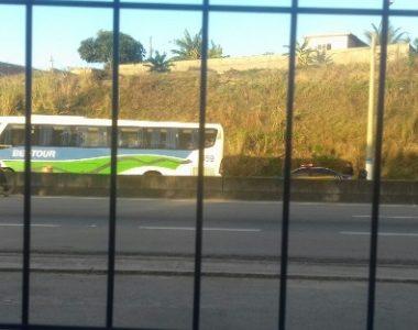 TENSÃO – Ônibus é sequestrado na rodovia Rio-Santos
