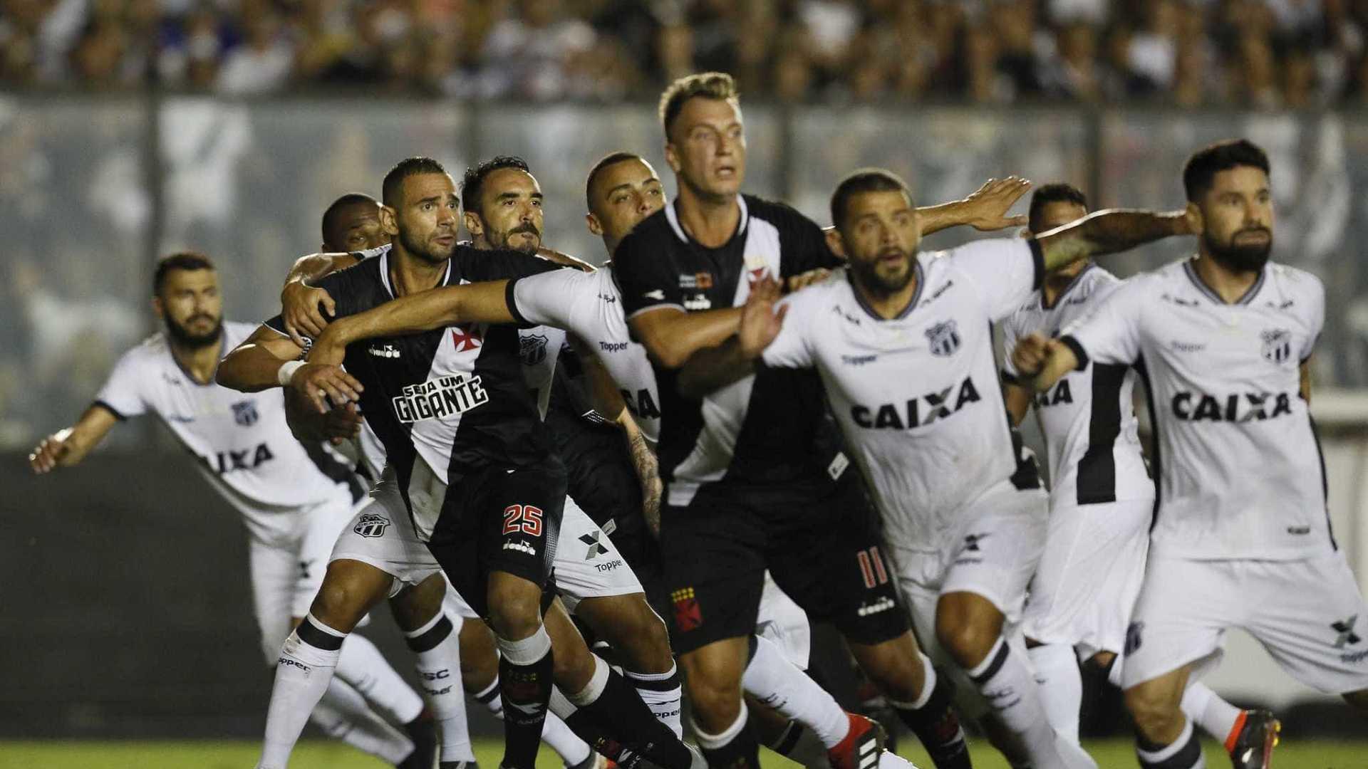 Vasco sai vaiado após tropeço em São Januário