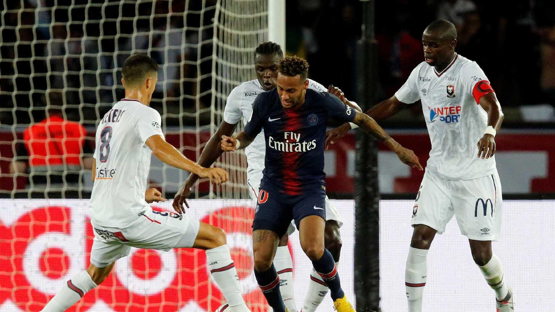 Em retorno pós-Copa, Neymar marca, e PSG estreia com vitória no Francês