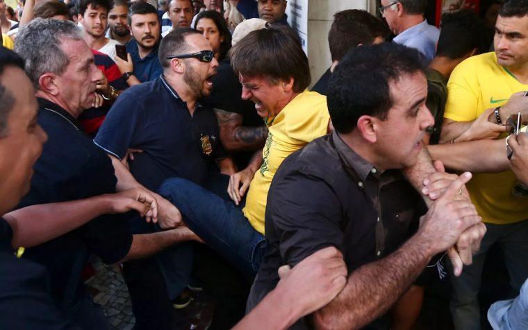 VÍDEO – Confira o momento em que Jair Bolsonaro é esfaqueado