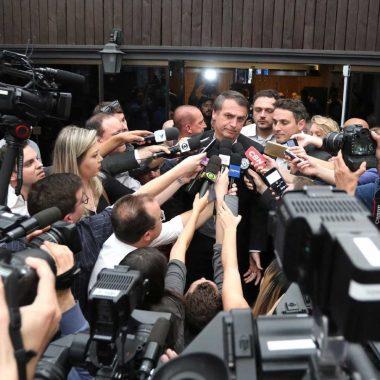Campanha de Jair Bolsonaro é marcada por intrigas e improviso