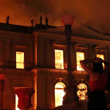O que se sabe até agora sobre incêndio que destruiu Museu Nacional