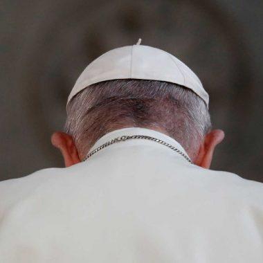 Papa aceita renúncia de brasileiro réu por desvio de dízimos