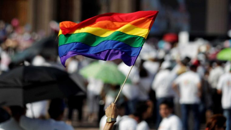 Relação homossexual é crime em 71 países e em 7 há pena de morte