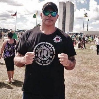 """Alexandre Frota quer transferência de Lula """"para presídio comum"""""""