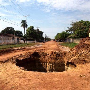 Buracos abertos por empresas contratadas para o PAC levam Hildon Chaves ao Ministério Público