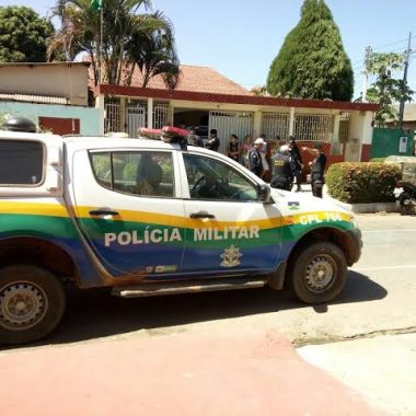 VIOLÊNCIA – Criminosos fazem arrastão em residência de subtenente da Polícia Militar