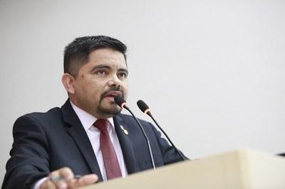 Jesuíno Boabaid propõe concessão da medalha de mérito legislativo a Nelsias Pensador da Silva