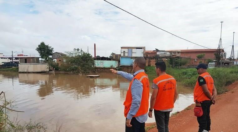 CHEIA – Três bairros da capital e Ramal Maravilha são afetados pelas águas do Rio Madeira