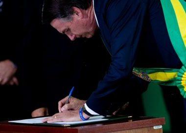 Presidente sanciona lei que permite faltar aula por motivo religioso