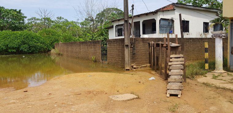 CHEIA – Rio Madeira recua mas continua assustando; risco de transbordo é eminente