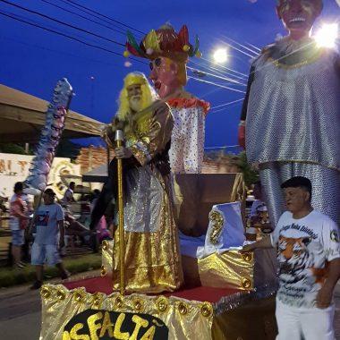 CARNAVAL 2019 – Sem apoio do executivo GRESS Asfaltão faz desfile simbólico na comunidade