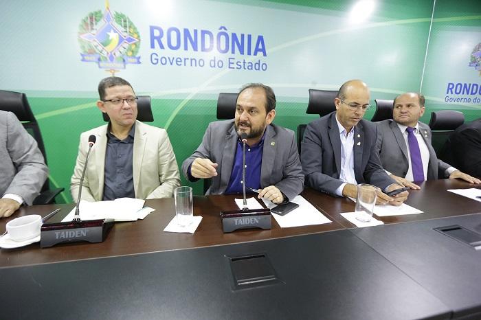 Laerte Gomes avalia como produtivo encontro de deputados com governador e secretários
