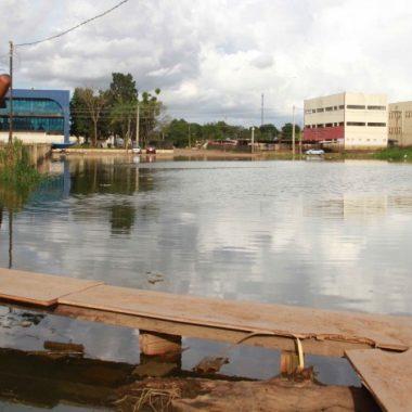 Governo pontua ações para atender atingidos pela cheia em Rondônia
