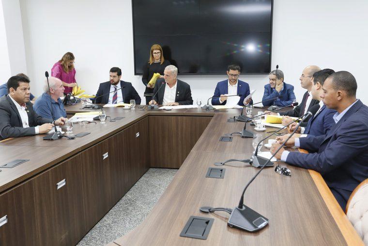 Comissão de Constituição, Justiça e Redação distribui matérias e vota relatórios