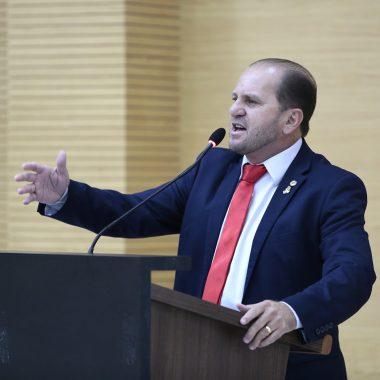 Deputado Cirone pede criação de Frente Parlamentar de melhorias na aviação