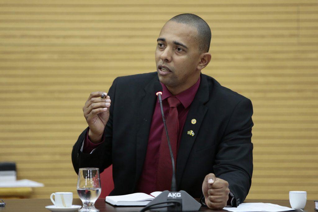 Jhony Paixão pede recuperação de pontes nas áreas atingidas pelo rompimento da barragem no distrito de Novo Oriente