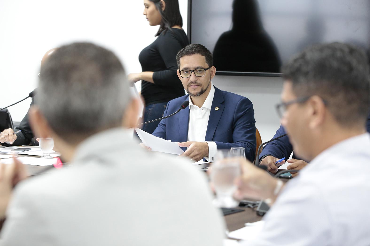 Comissão aprova recomendação legislativa que sugere laudos de acompanhamento psicológico para autorizar indultos a presos
