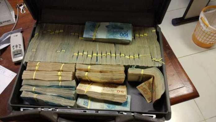 PF deflagra operação no Acre e Amazonas contra desmatamento ilegal, lavagem de dinheiro e outros crimes