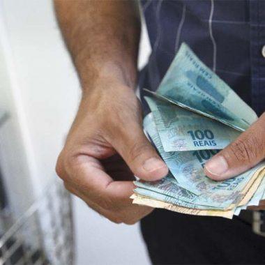 Servidores públicos recebem valores indevidos de planos econômicos