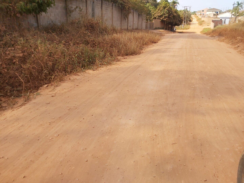 DESCASO – Por tanta poeira, moradores do Nova Esperança clamam por pavimentação de rua e prometem fechar Avenida Rio Madeira