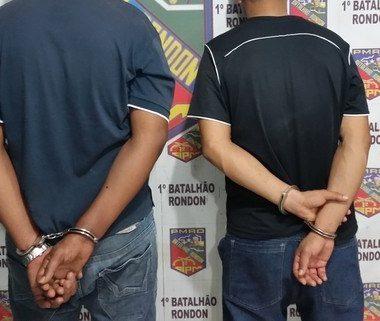 Criminosos são presos com arma da PM enquanto iam praticar assalto