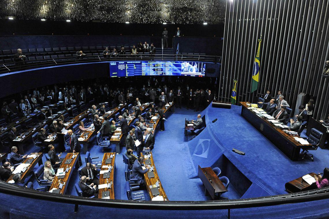 Plenário do Senado pode votar hoje limites a ministros do Supremo