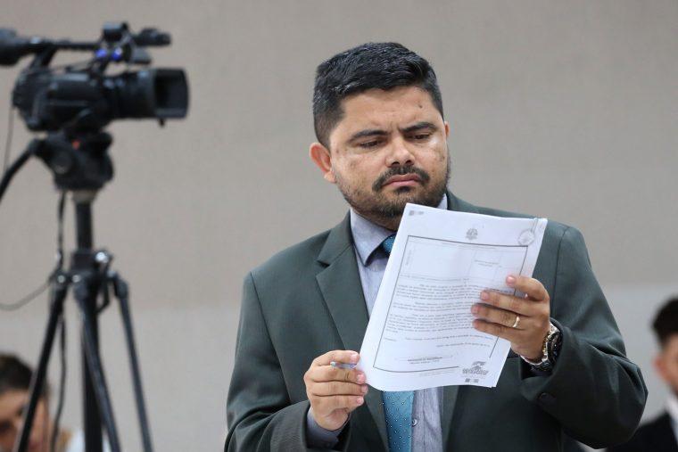 Ex-deputado acusa Energisa de alterar contadores para 'turbinar' contas de luz; empresa não se manifesta