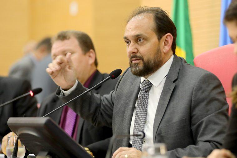 DER informa ao presidente da Assembleia falta de orçamento para justificar pavimentação inacabada da RO-473