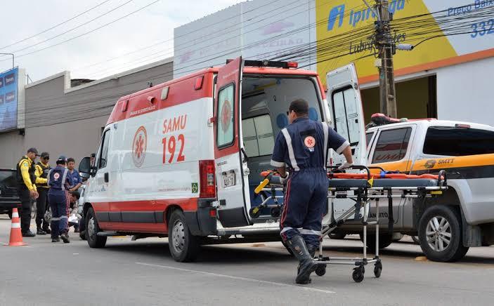 ACIDENTE – Criança de oito anos morre na frente do pai em colisão de carro e moto