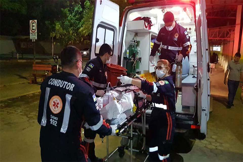 Morador de rua é alvejado a tiros por dupla de moto em Porto Velho