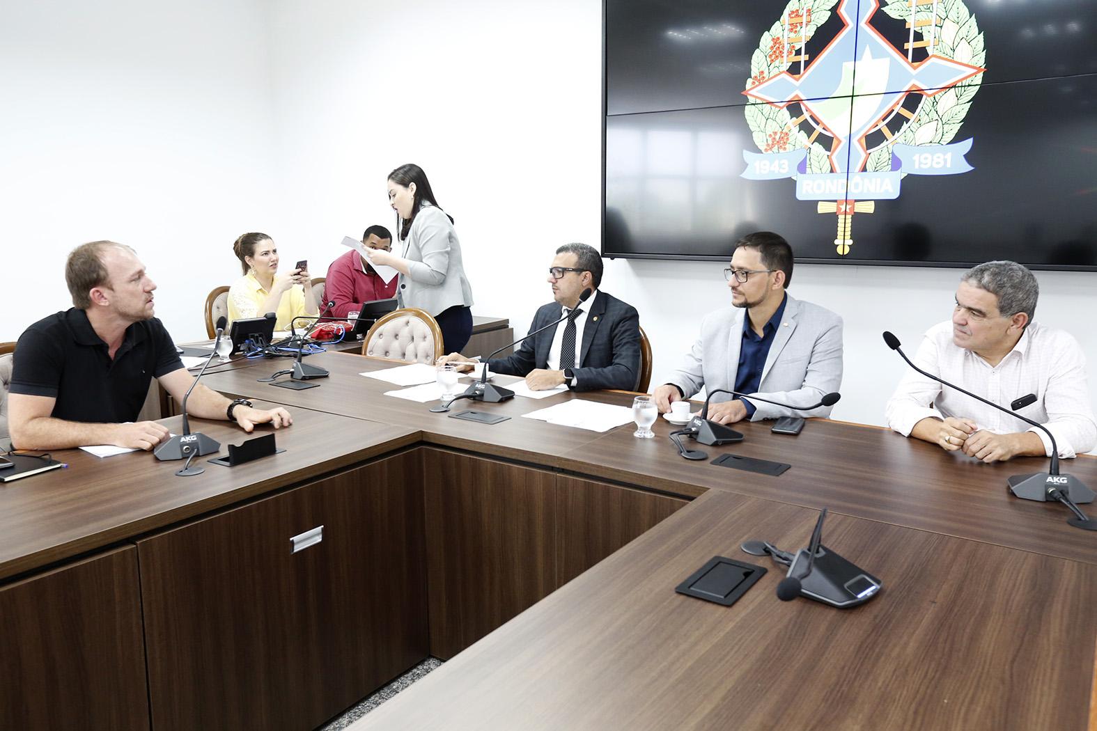 Prefeitura de Jaru não envia representante e Comissão vai a Tarilândia debater fim do Conselho Tutelar