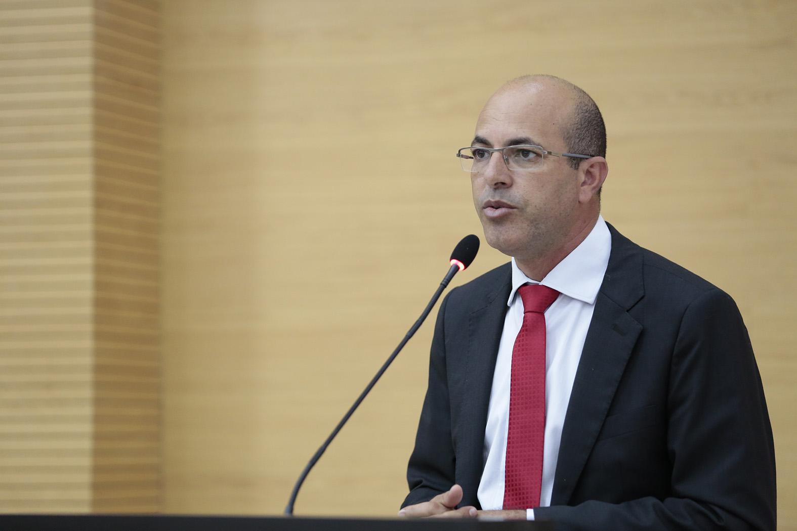 Ismael Crispin pede voto de louvor ao Instituto Médico Legal