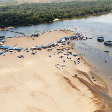 Sedam conscientiza população sobre cuidados ambientais no Festival de Praia de Costa Marques