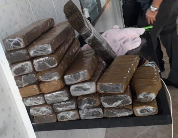 Nove pessoas são presas por tráfico e agiotagem em operação da Polícia Civil