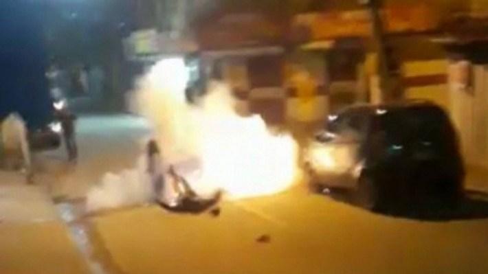 VÍDEO-Traficante cai e explode granada que estava no bolso