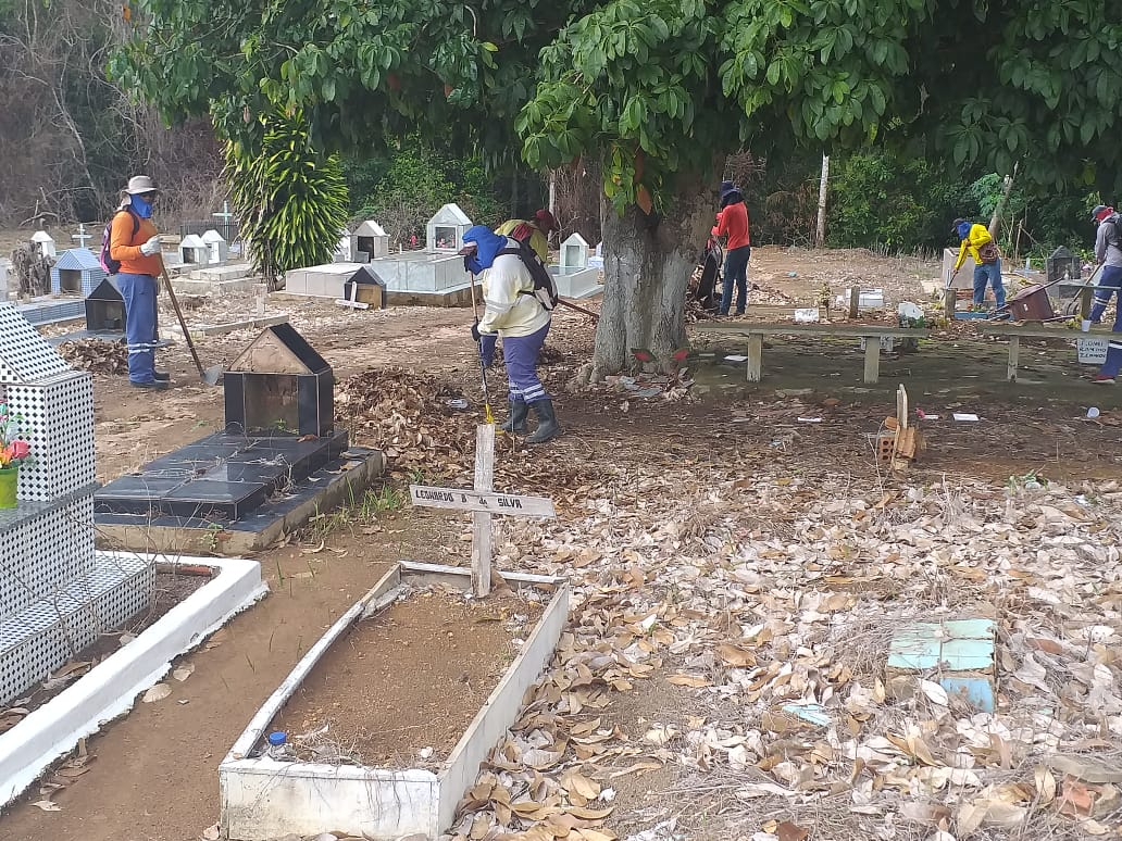FINADOS – Cemitérios da capital recebem limpezas para visitas