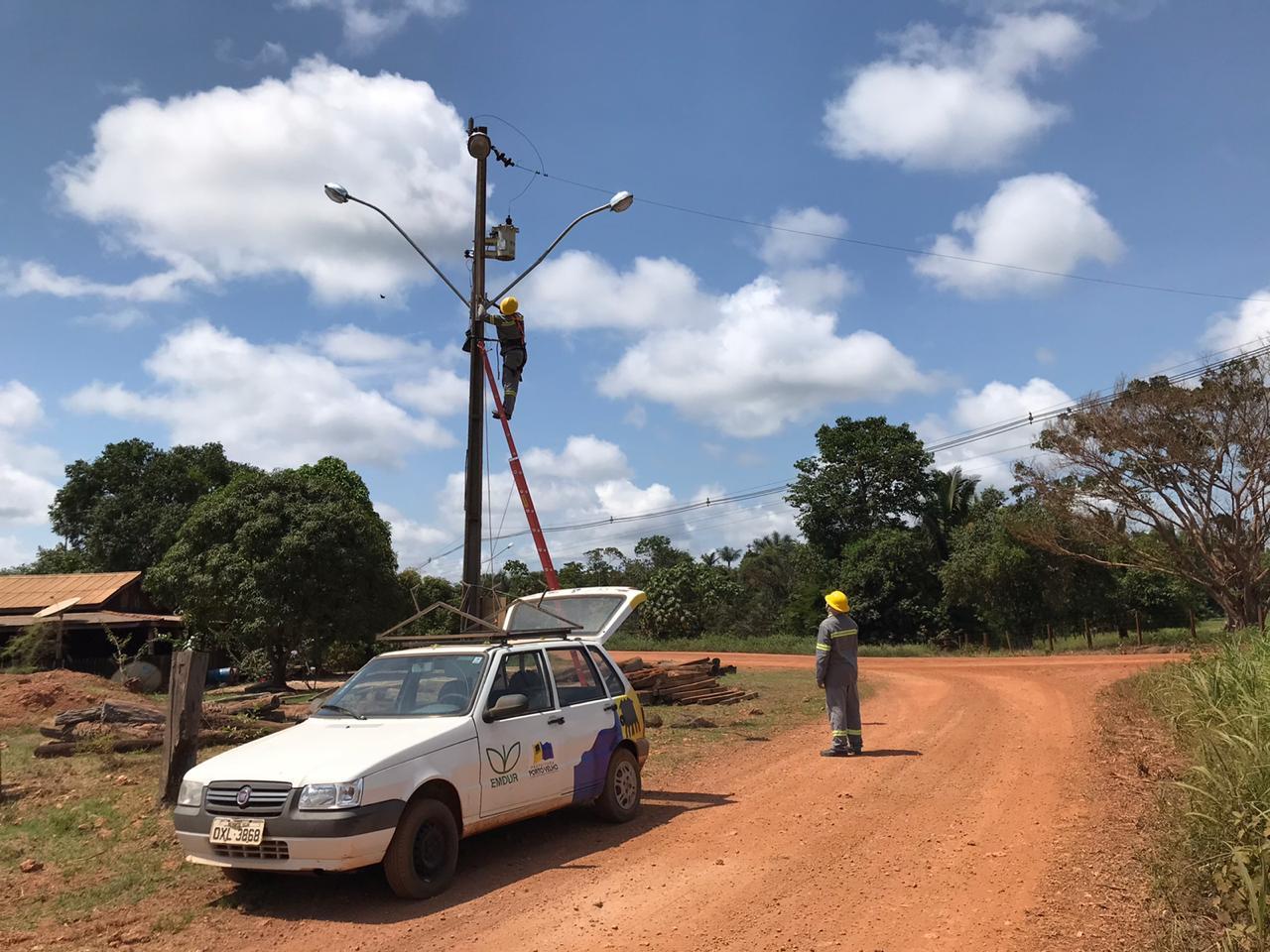 A pedido do deputado Anderson Pereira, Emdur e Semagric realizam serviços no Cujubim Grande atendendo clamor da população