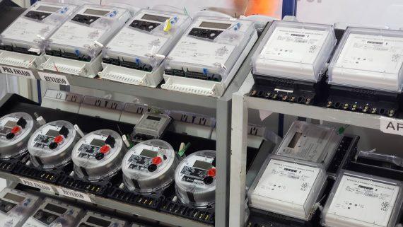 Governo sanciona lei que proíbe a troca de medidores e padrões de energia sem comunicação prévia
