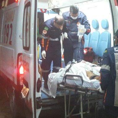 Um morre e dois ficam gravemente feridos em atentado a tiros na capital
