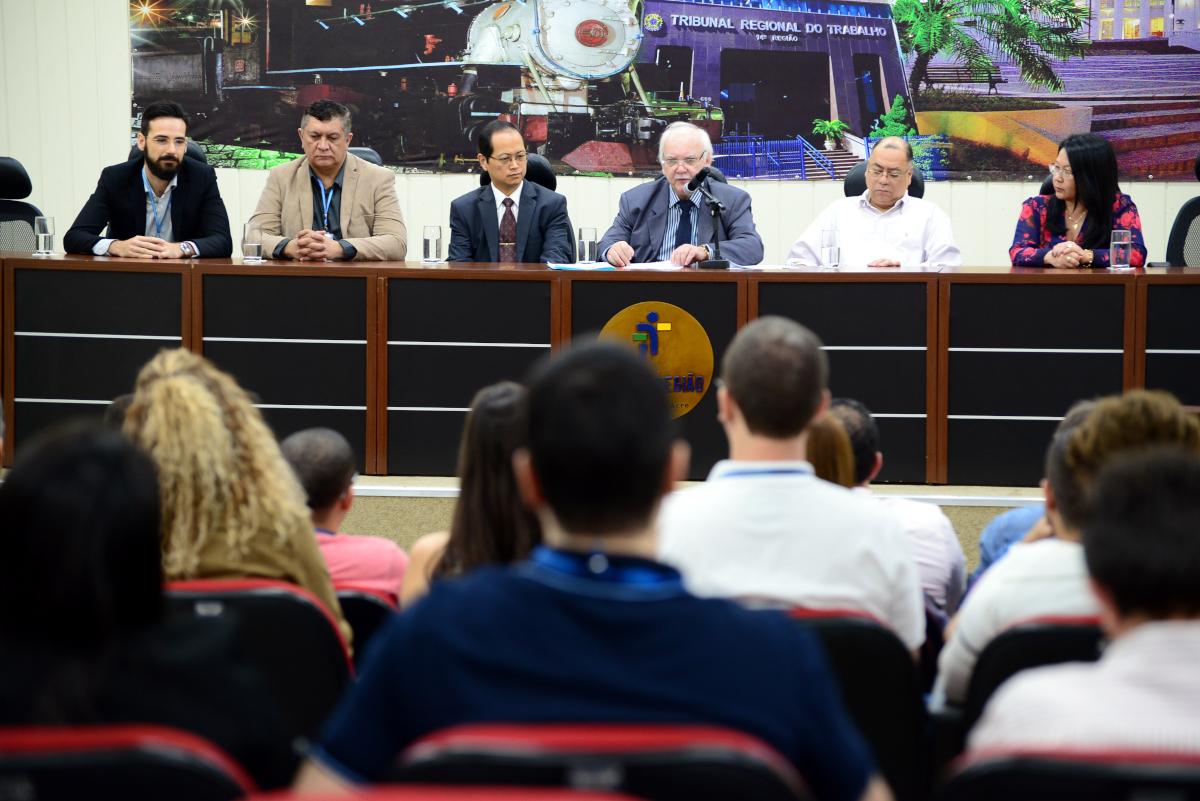 """Presidente do TRT-RO/AC destaca """"superação de desafios"""" ao apresentar resultados de 2019 na 4ª RAE"""
