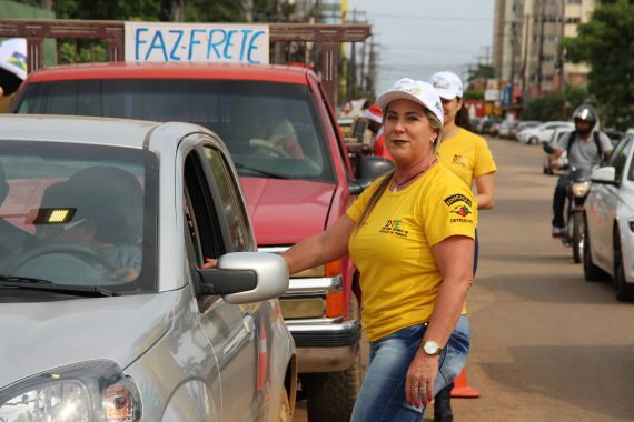 Blitz educativa do Detran Rondônia tem adesão da sociedade