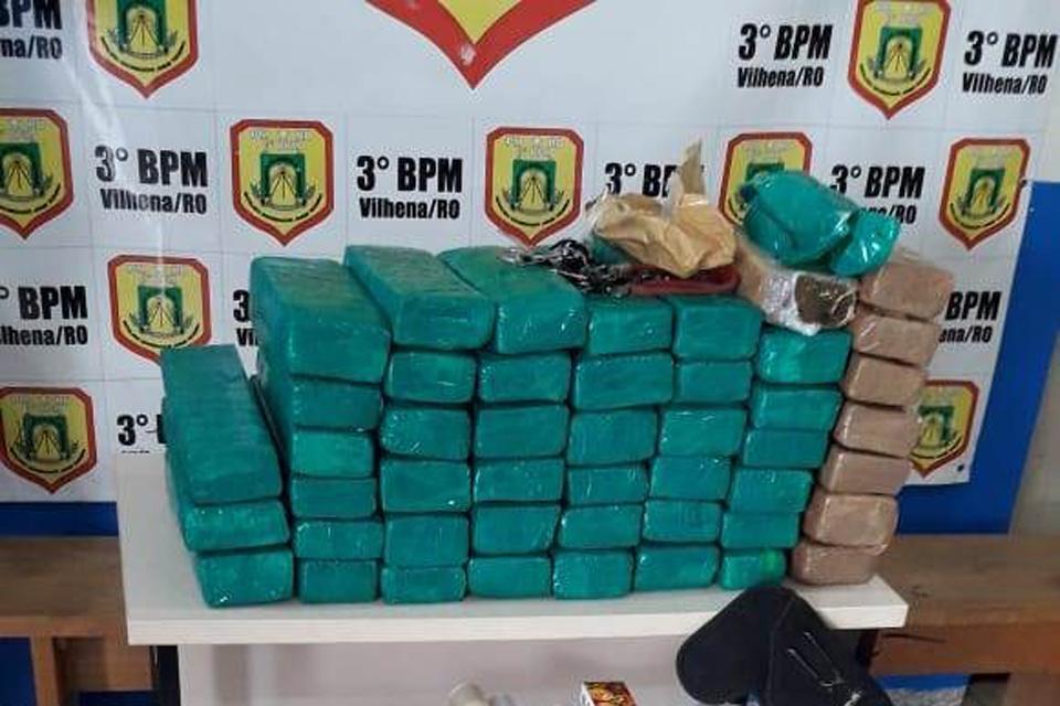 PM prende traficantes ligados ao PCC com mais de 40 quilos de maconha