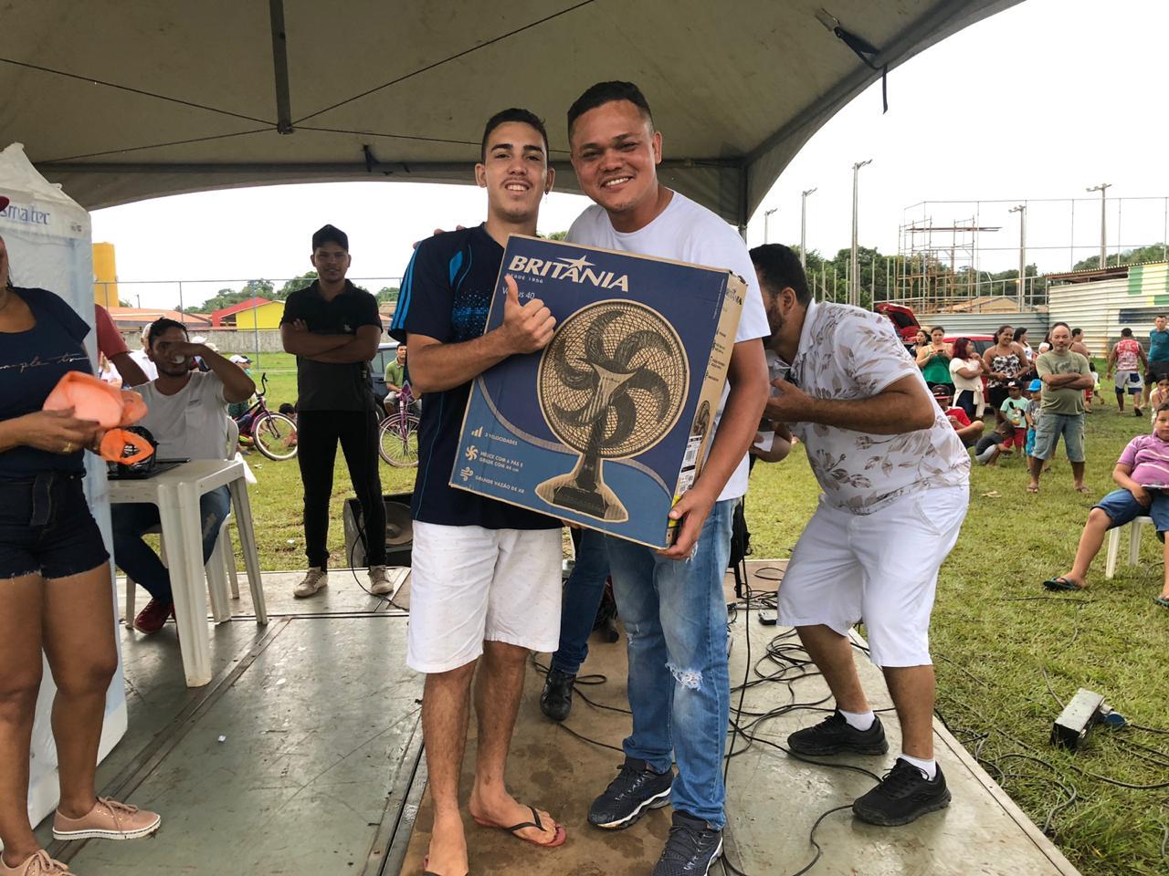 Isaque Machado realiza o Natal Solidário/2019 no Bairro Jardim Santana