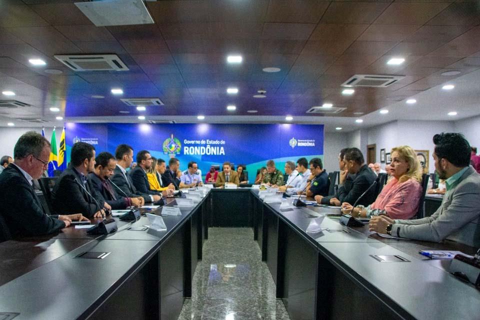 Desenvolvimento e integração na faixa de fronteira são temas debatidos em encontro anual dos governos estadual e federal