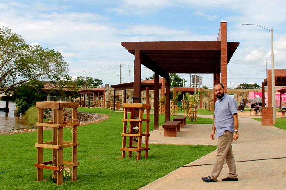 Presidente da ALE-RO, Laerte Gomes visita obra do Beira Rio Cultural, que será inaugurada este mês